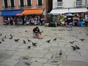 ヴェネチアでの親子の様子