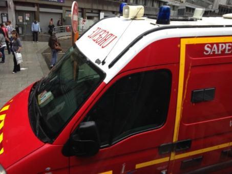 パリの救急車