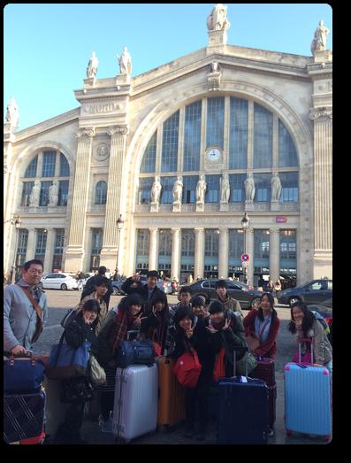 パリ北駅にて